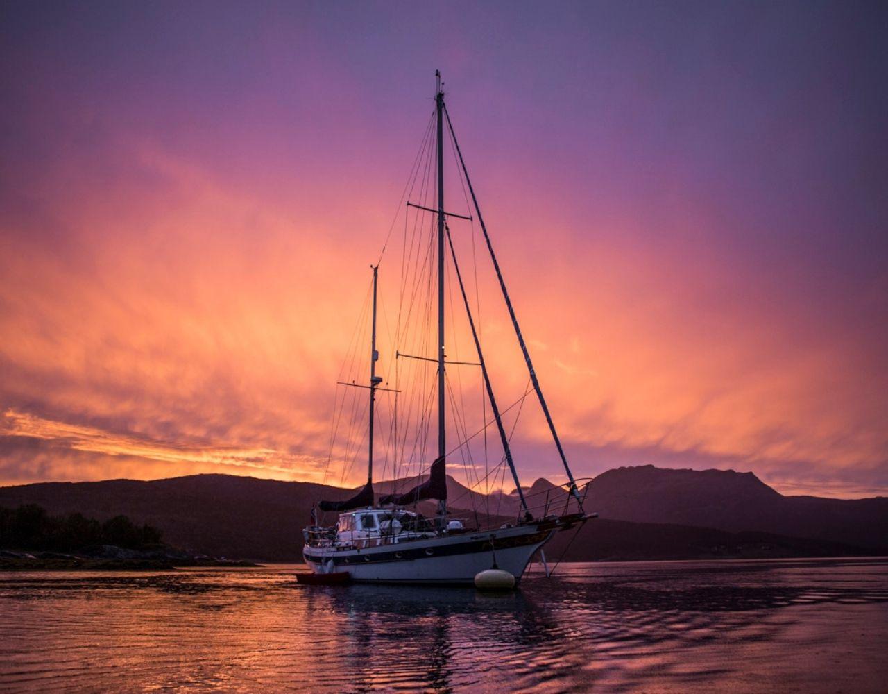 Båt og seil senja